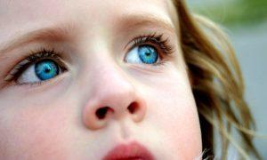 1387961402_blue-eyes-2